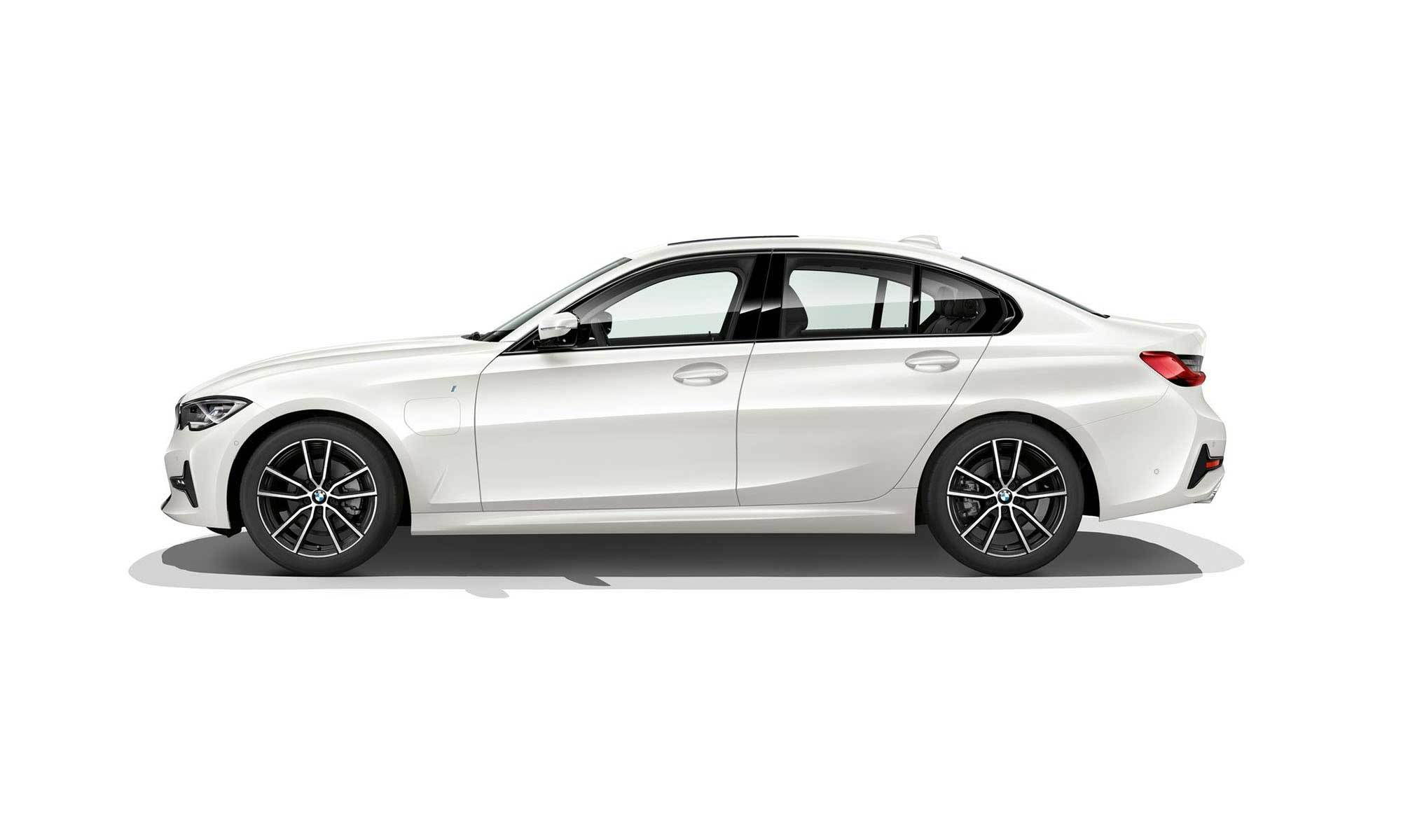 BMW 330e iPerformance (2019)