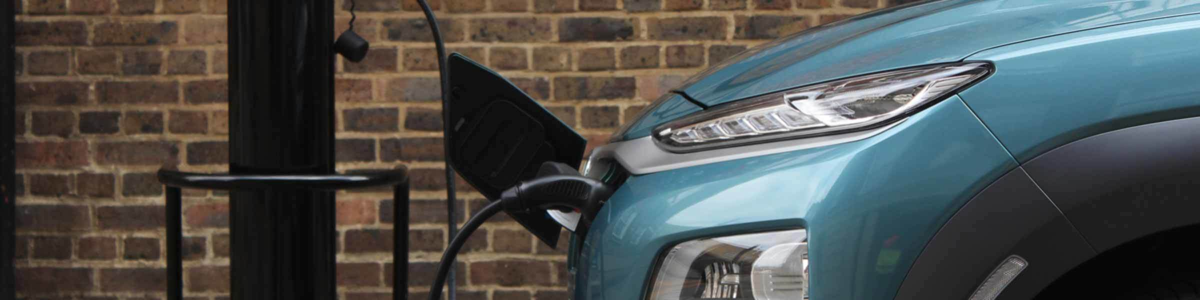 4 tips for driving your EV in the cold